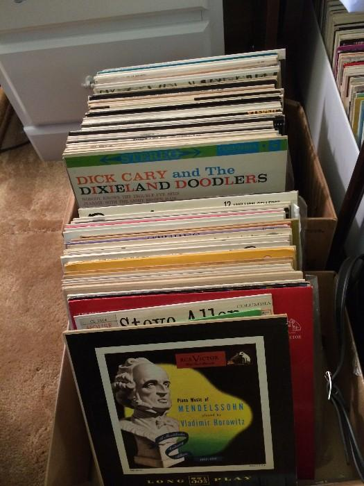 Huge variety of 33 records