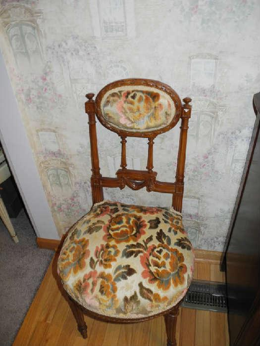 Beautiful antique velvet print chair
