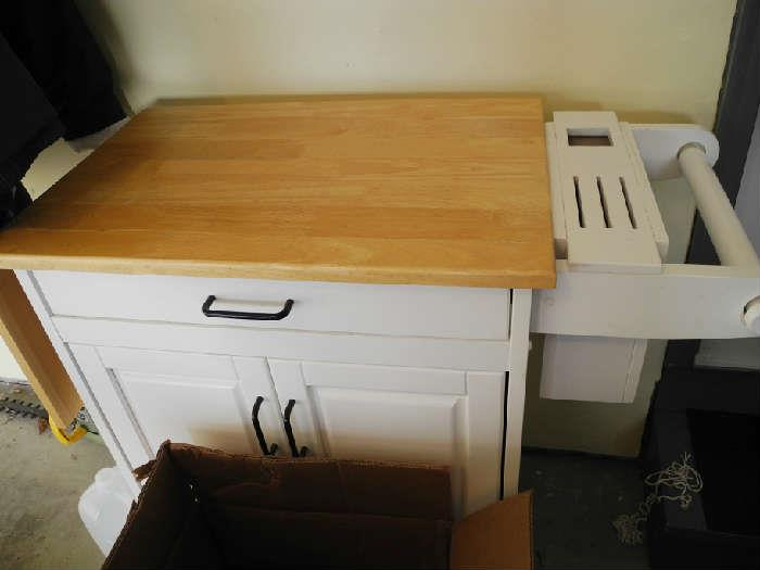 Kitchen island/butcher block