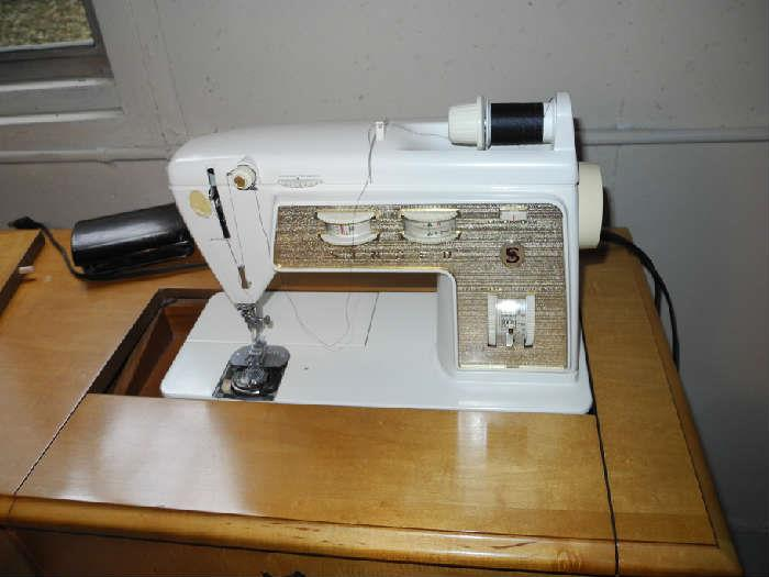 Singer Touch and Sew machine