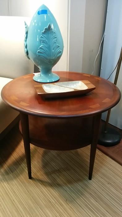 "Round, two-level teak side table, by Lane, ""Acclaim"" Series, Style # 900 22, serial number 2868I0L, divided condiment dish and generously sized teal love plug."