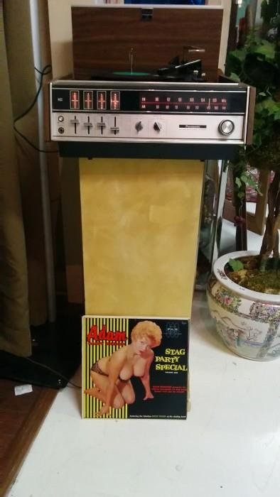 "Vintage Panasonic turntable/receiver with a selection of pin-up chicks music - this , the ""Stag Party Special."" Doesn't she have a great set of lungs?"
