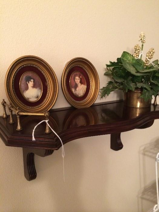 Wall shelf with home decor