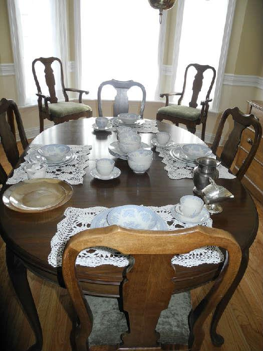 Pennsylvania House dining room table/chairs