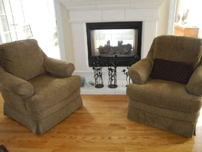 Two lovely Sherrill upholstered chairs
