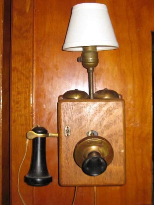 ANTIQUE TELEPHONE LAMP
