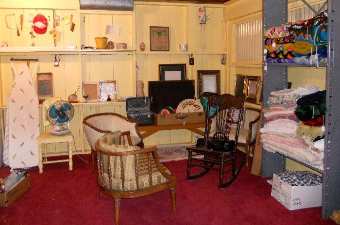 Vintage Furniture, Blankets and Rugs