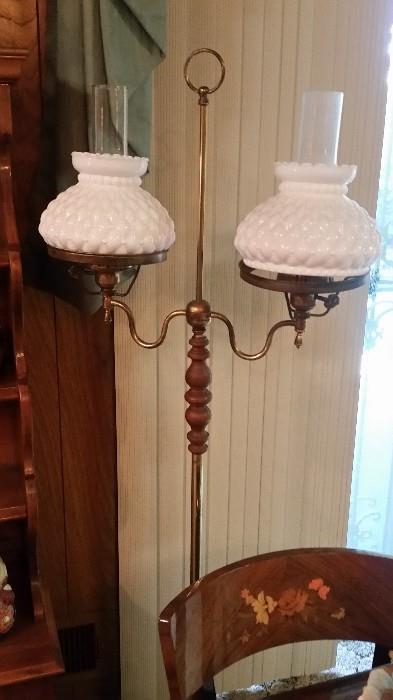 Nice Hobnail floor lamp