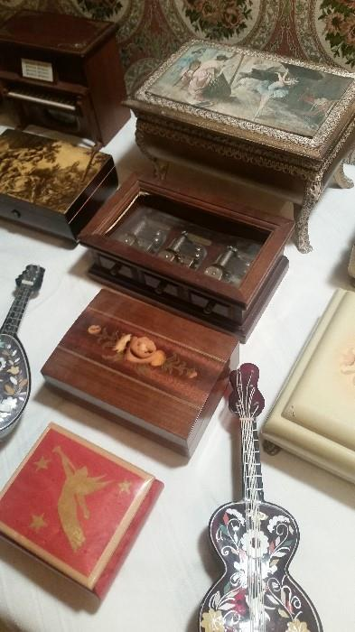 20+ Music Boxes (Reuge, etc...)