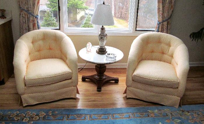 PAIR OCCASIONAL CHAIRS MARBLE TOP TABLE AND VINTAGE ASIAN LAMP