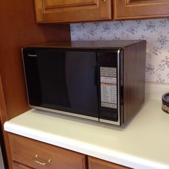 Microwave - $ 20.00