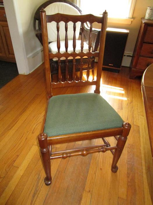 STICKLEY DINING ROOM CHAIR
