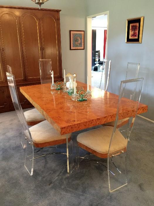 Hill Manufacturing Corp. Lucite w/ Burl Wood Top Dining Table and Chairs. In Amazing Shape!