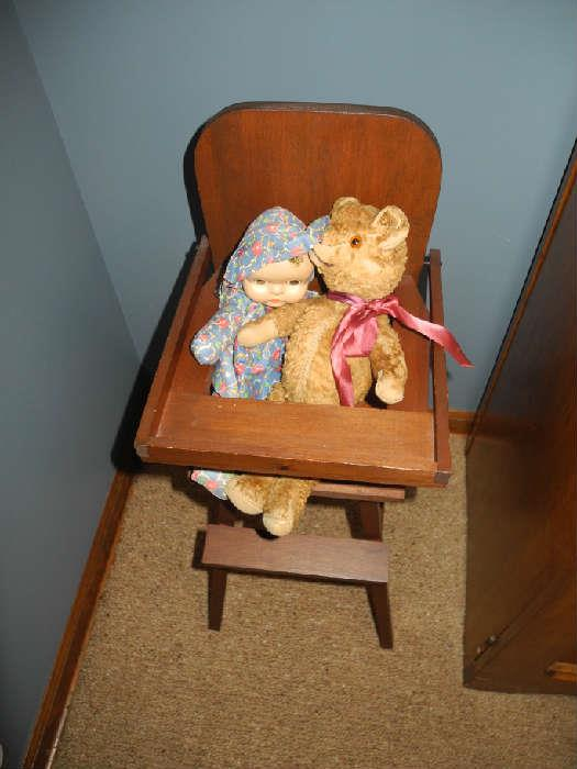 Child/doll antique high chair
