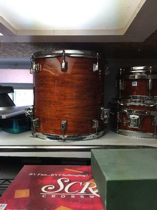 TAYE SOLID MAPLE DRUM SET