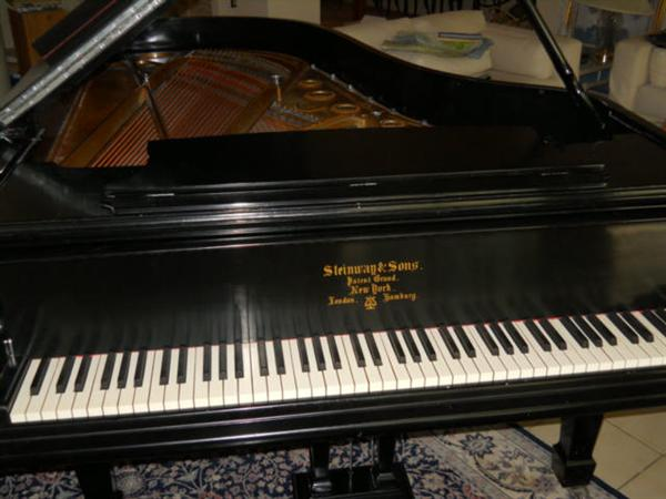 Professionally restored exquisite antique 1890 Steinway Model B Grand Piano with genuine original Ivory's