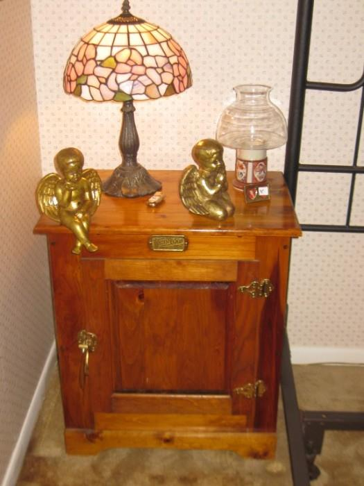 THERE ARE 2 OF THESE REPRODUCTION ICE BOX NITE TABLES & STAINED GLASS LAMPS