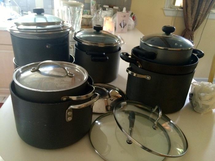 Kitchen items, pots & pans