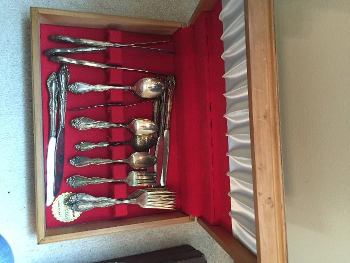 ANOTHER SET OF SILVERPLATED FLATWARE