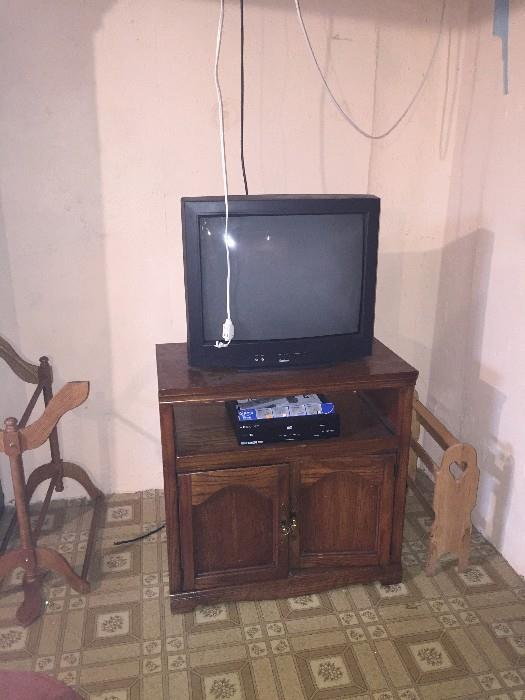 VINTAGE TV AND STAND