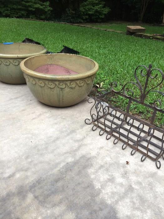 Large planters & wall art planter