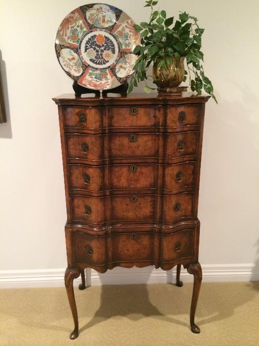 Elaborate 5-drawer burled wood chest