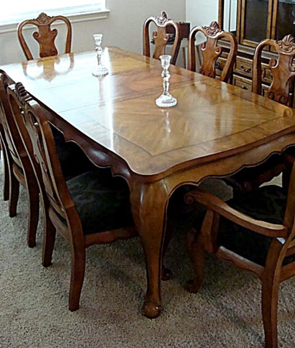 Gorgeous like new top end table with 8 chairs