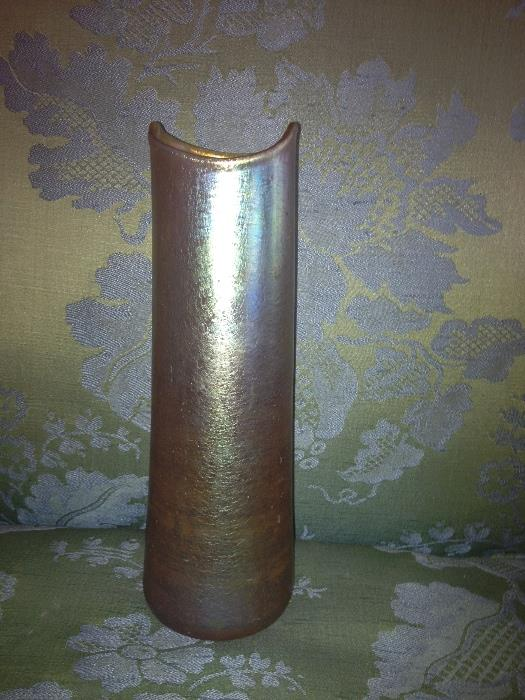 Irridized antique vase, Unsigned
