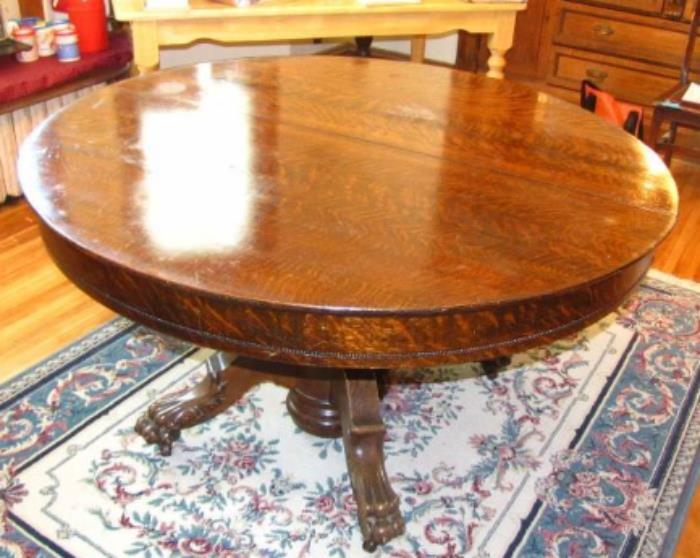 Antique Claw Foot Tiger Oak Dining Room Table With Two Leaves And The  Protective Pads.