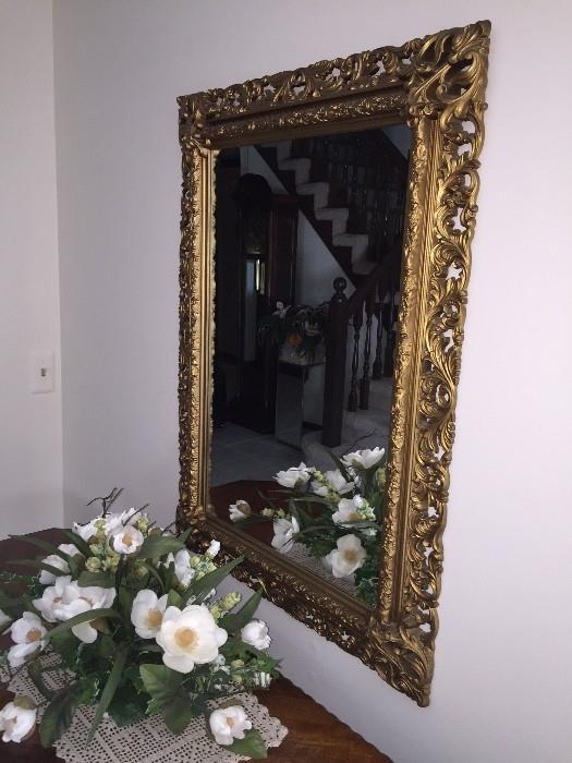 GOLD ORNATE HALLWAY MORROR