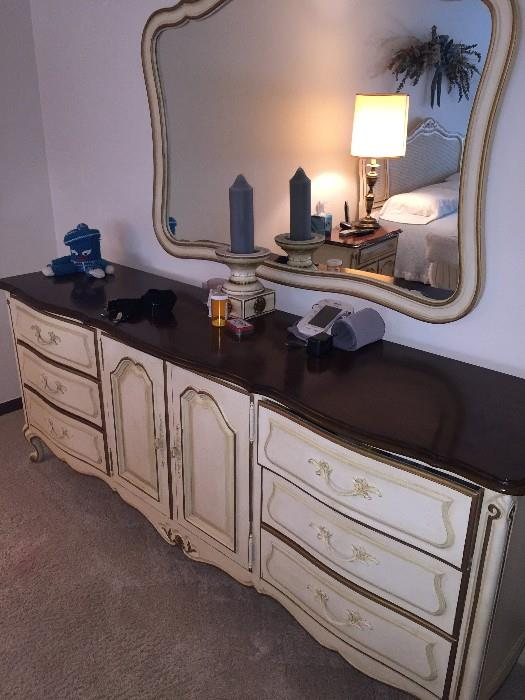 DREXEL FRENCH PROVINCIAL LONG DRESSER WITH HANGING MIRROR