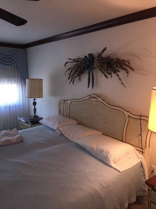 DREXEL FRENCH PROVINCIAL BEDROOM SET