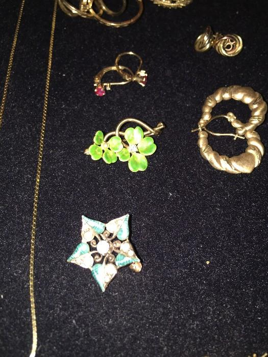 ANTIQUE 14K BROOCHES