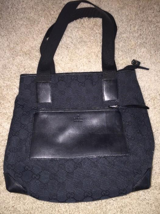 AUTHENTIC GUCCI BLACK CANVAS AND LEATHER ZIPPED TOP TOTE