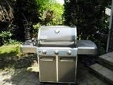 Nice Weber grill