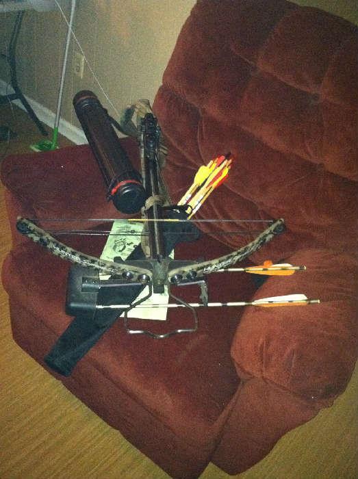 Hunter cross bow, quiver, arrows