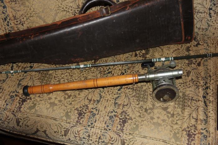 vintage fishing rod/reed and gun case