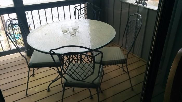 Outdoor wrought iron dining table, w/4 chairs