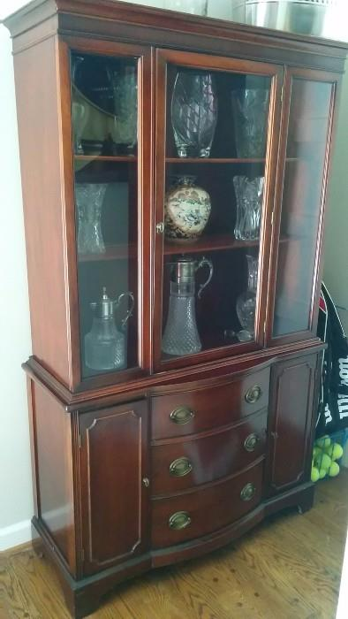 1940's mahogany Drexel china cabinet, with lot's o' sparkly vases-n-thangs inside
