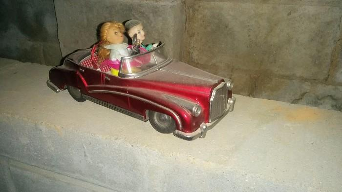 Barbie and her Sugar Daddy tooling around the cheatin' side of town....