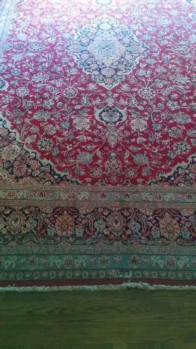 10' x 13' Persian Tabriz