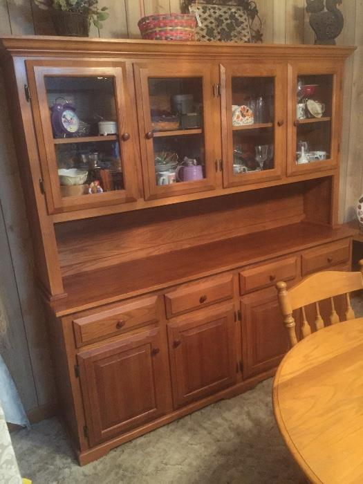 Solid wood buffet China cabinet