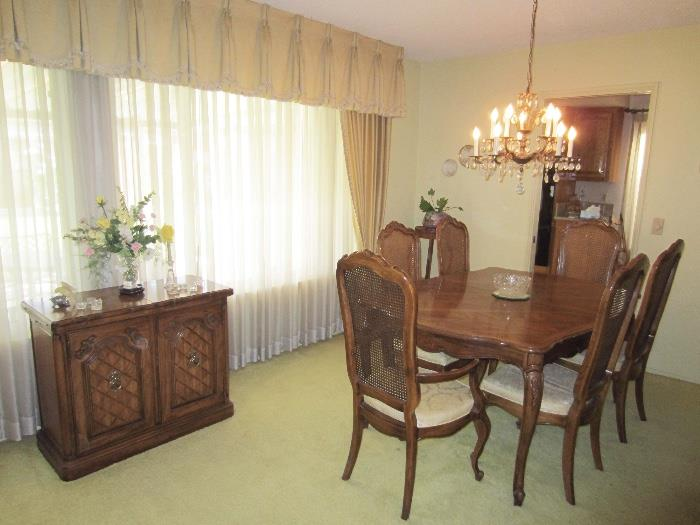 Thomasville dining set with china cabinet & buffet