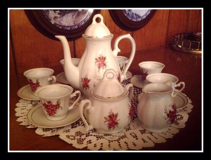 Sweet little rose adorned tea set