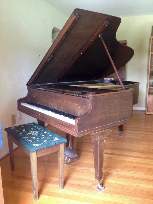 CHICKERING GRAND PIANO circa 1925
