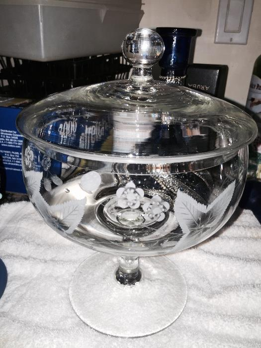 ETCHED COVERD BOWL ON PEDESTAL