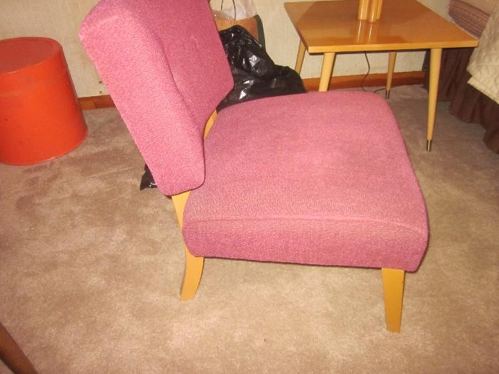 Great Mid-Century Chair.  Excellent Condition.
