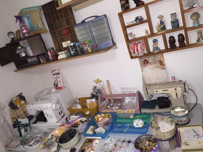SEWING ROOM WITH SINGER SAWING MACHINES , HUGE COLLECTION OF BUTTONS, FABRIC & MORE