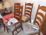 chairs for the dining table