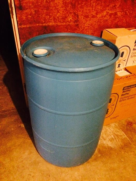 Water / Rain Barrel (Comes with Siphon)